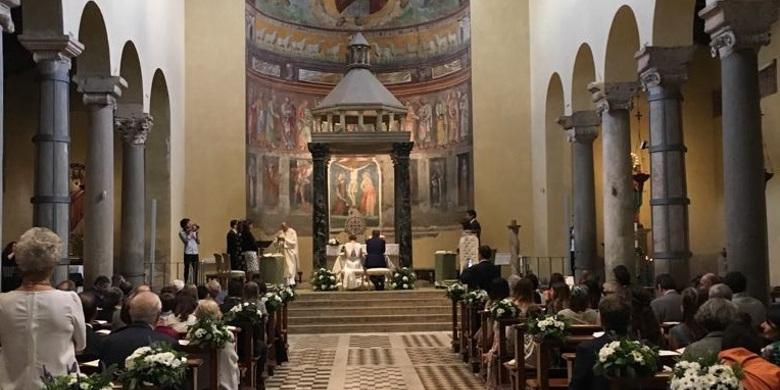 Celebrazione del sacramento del Matrimonio presso la basilica di san Saba sull'Aventino minore, Roma