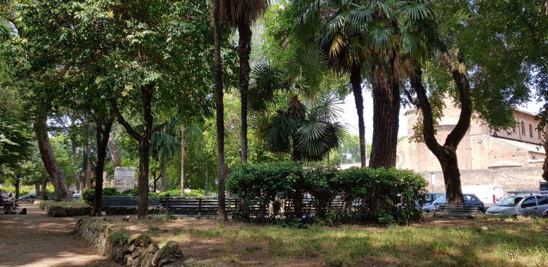 Giardini di piazza Bernini, cuore del rione di san Saba a Roma